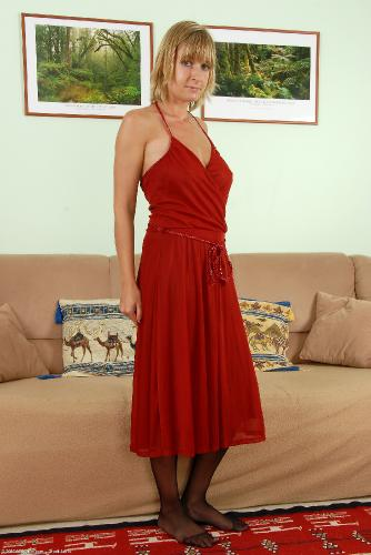 Mature Over 40 Porn Tube, Free Milf Over 40 Porn Videos, Free.